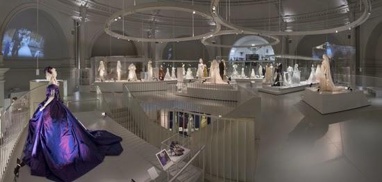Wedding_Dresses_1775-2014_4