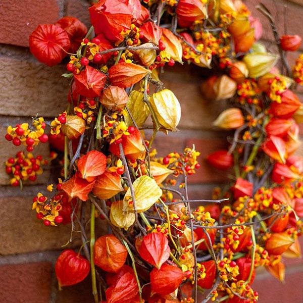 couronne-de-fleurs-rouges-jaunes-oranges-automne
