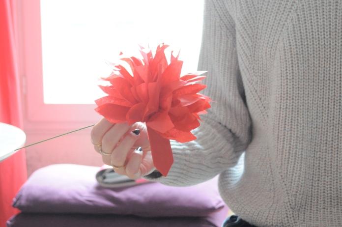 Bouquet de fleurs en papier pompons en papier de soir DIY Hema Marioninette.com