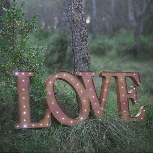 Save The Deco décoration de mariage blog mariage marioninette var nice love-lumineux-geant